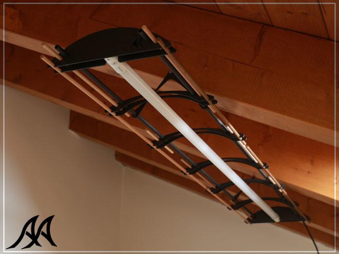05 Lampadario acciaio legno led
